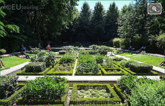 Jardin Des Senteurs In Parc De Bercy