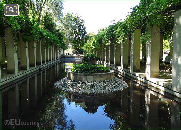 Plant Island Jardin Romantique