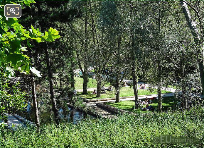 Tertre Area Park Bercy