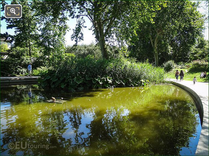 Round Pond Parc De Bercy Paris