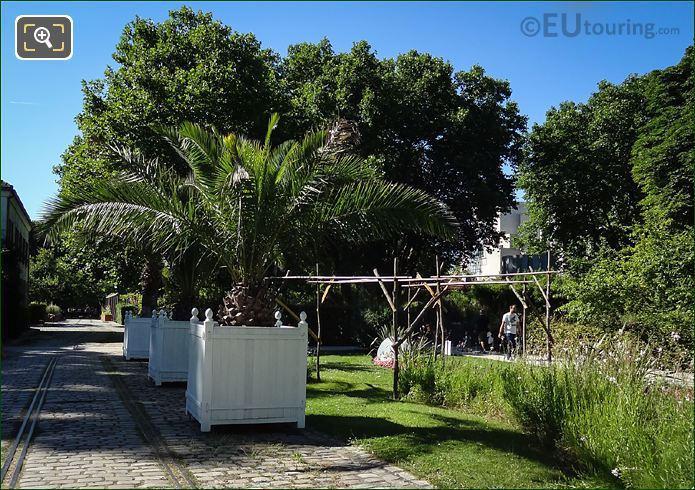 Jardin Des Bulbes Parc De Bercy