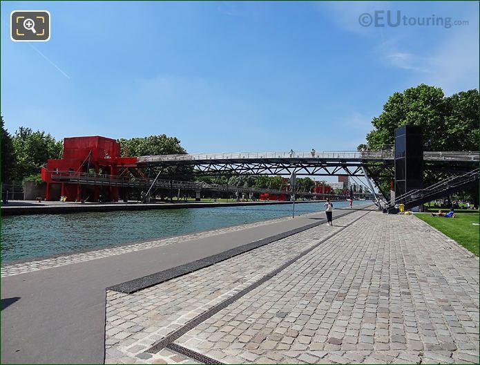 Allee Du Canal Parc De La Villette