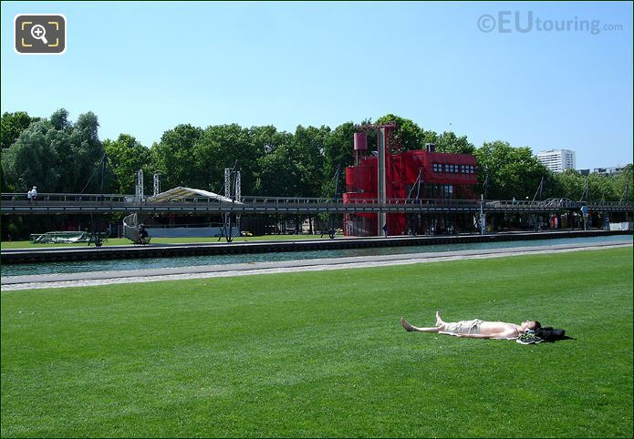 Sunbathing In Parc de Villette