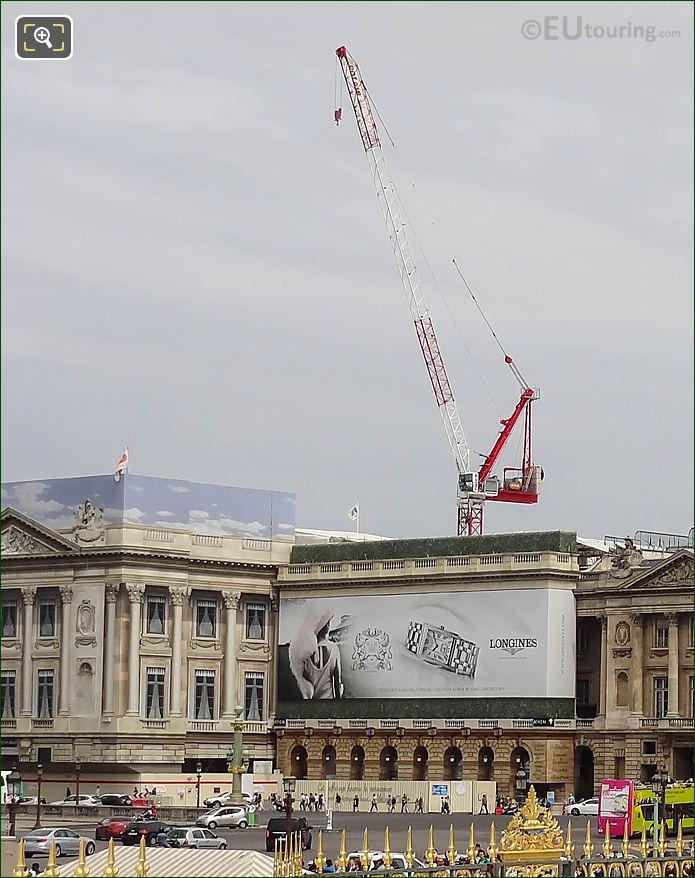 Large Crane In Place De La Concorde