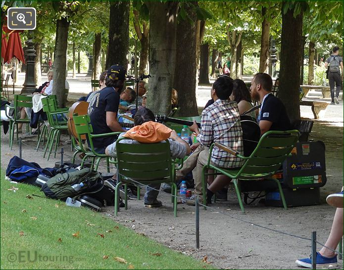 Impromptu Music Session In Jardin Du Tuileries