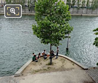 Quai Des Tuileries And River Seine With Music