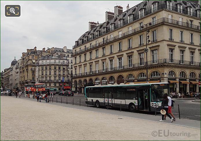 RATP Bus Stops Rue De l'Amiral De Coligny