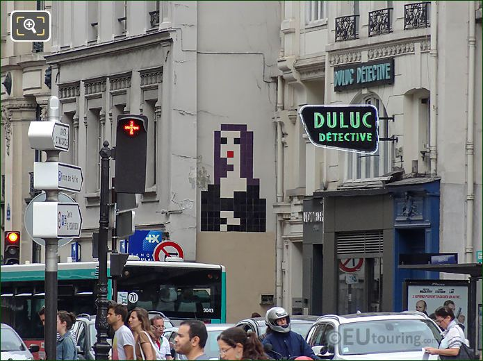 Mona Lisa Pixel Art On Rue Du Louvre