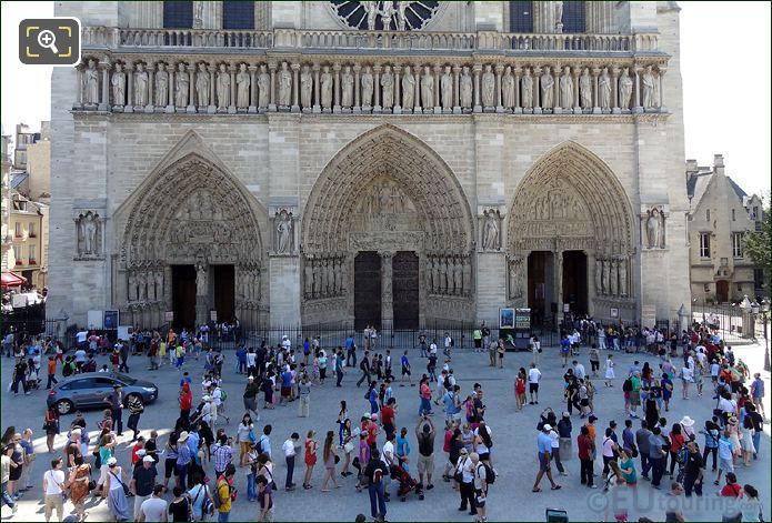 Notre Dame Cathedral Tourist