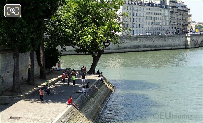 Banks Of The River Seine In Paris