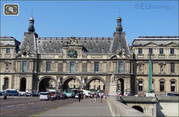 Louvre Grand Guichets
