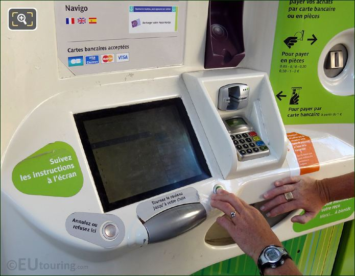 Paris Metro Ticket Machine