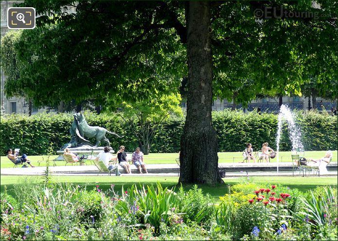 Water Fountain In Tuileries Gardens