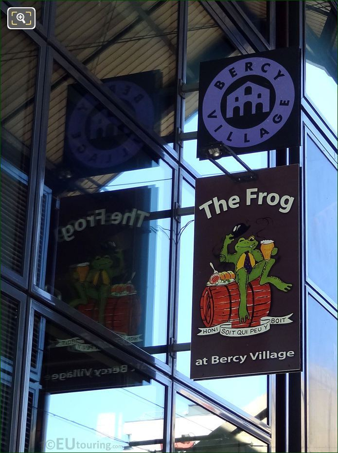 The Frog Pub Sign Bercy