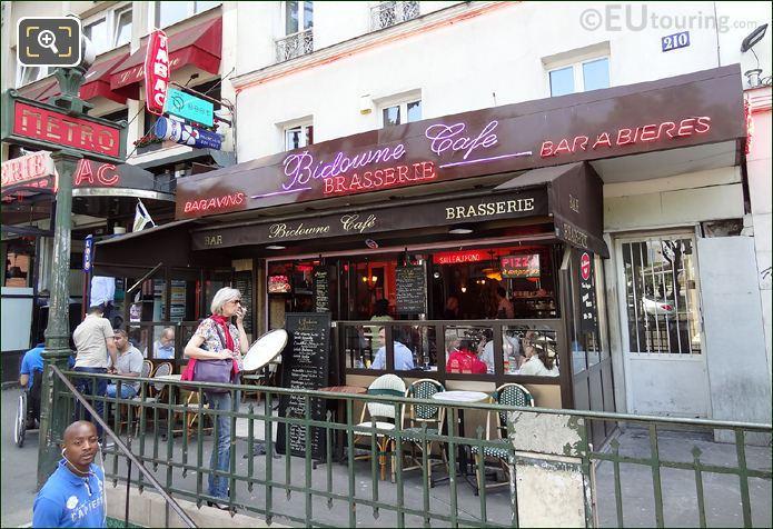 Bidowne Cafe Paris France