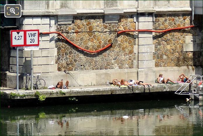 Sunbathers Canal Saint-Martin