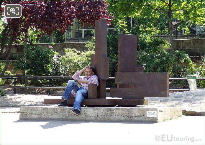 Picture Of Modern Art Sculpture In Paris