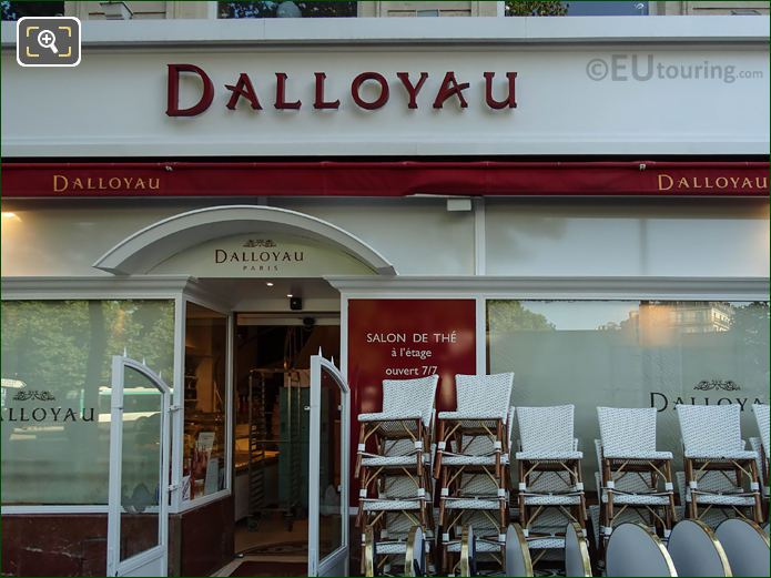 Dalloyau Cafe At Place Edmond Rostand In Paris