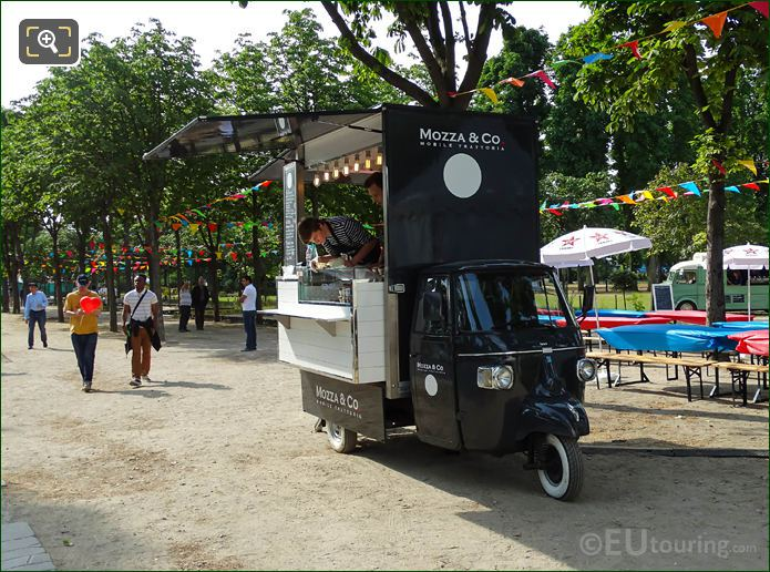 Mozza & Co Company Mobile Fast Food Truck In Paris