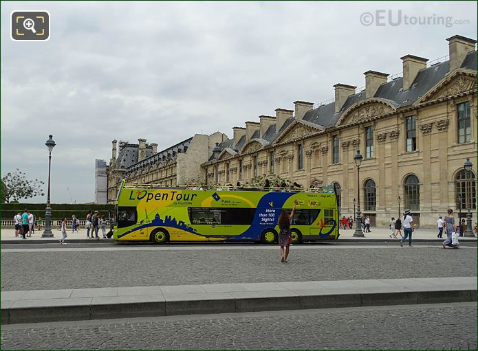L'OpenTour Sightseeing Bus Tour At Musee Du Louvre