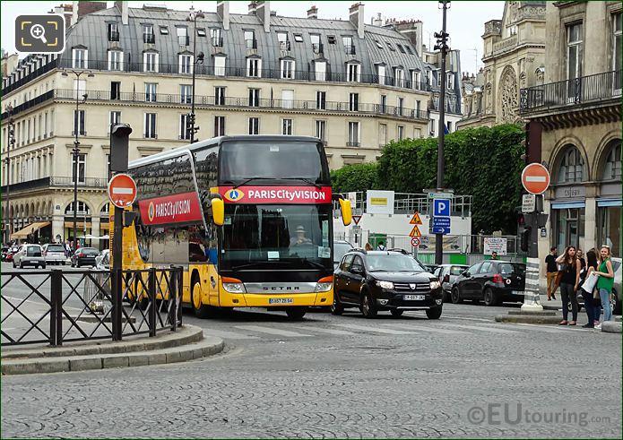 Paris CityVision Coach Tour