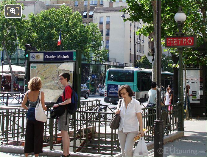Charles Michels Metro Stop