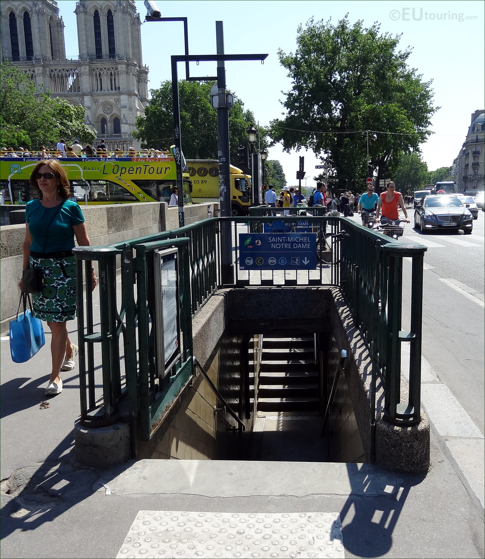 Photo images of the paris metro system image 10 - Saint michel paris metro ...