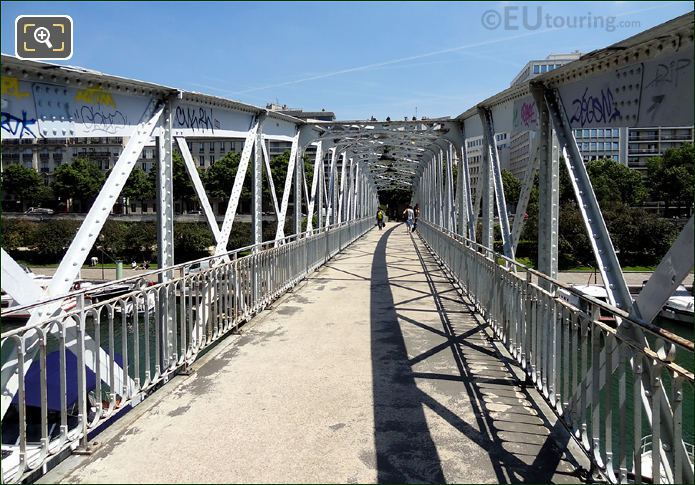 Passerelle Mornay Foot bridge