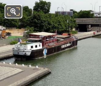 Peniche Cinema Along Allee du Canal