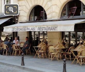 Place Dauphine Le Caveau Du Palais Restaurant