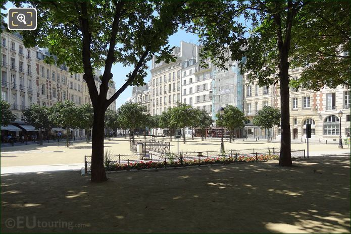 Photo Of Place Dauphine Square