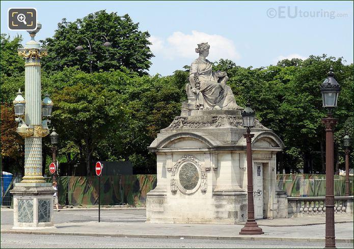Place De La Concorde Nantes Statue