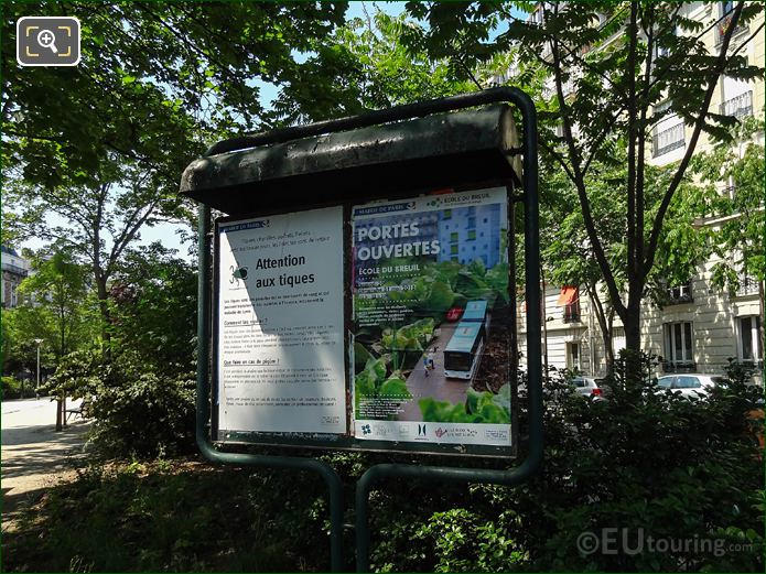 Ecole Du Breuil Advert At Place Denfert-Rochereau