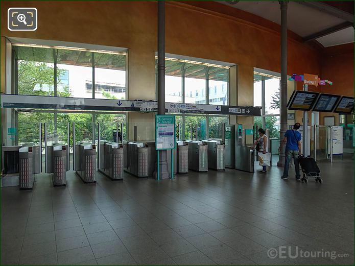 Turn Styles RER B Line Gare Denfert-Rochereau