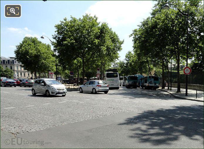 Quai Saint-Bernard And Place Valhubert