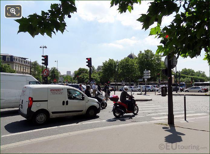 Place Valhubert Traffic Lights