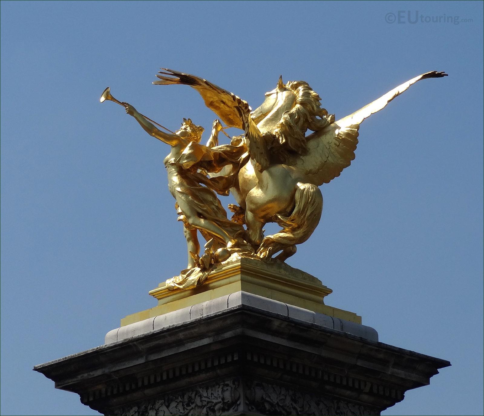 Golden Statues On Alexandre III Bridge Editorial Stock