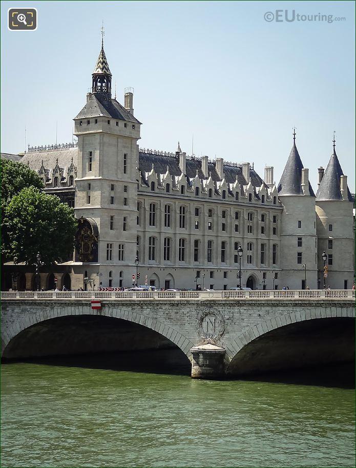 Pont Au Change Imperial Insignia
