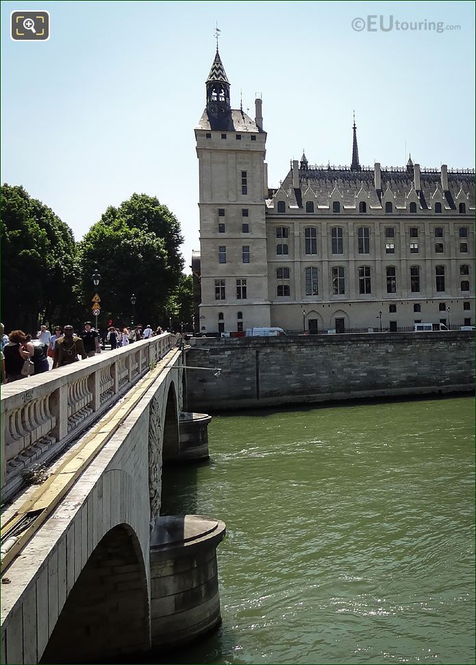 Tourists On The Pont Au Change