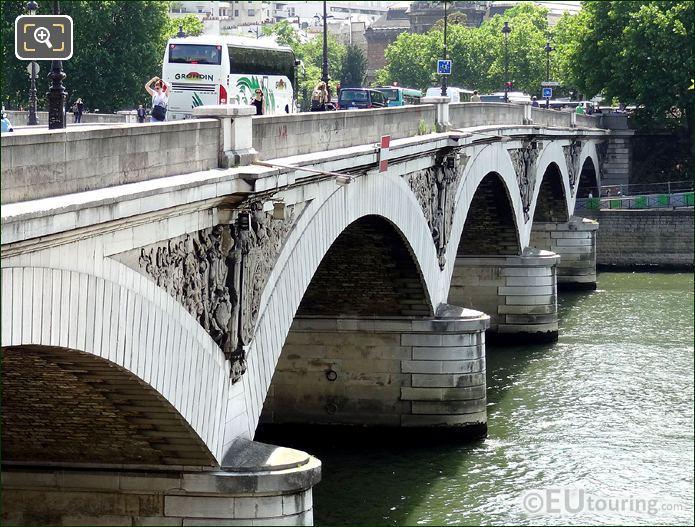 Pont d Austerlitz Tympanas