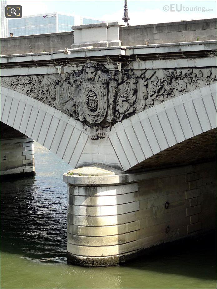 Pont d Austerlitz Sculptures