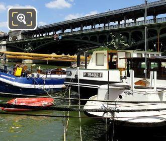 Houseboats Next To Pont de Bir-Hakeim