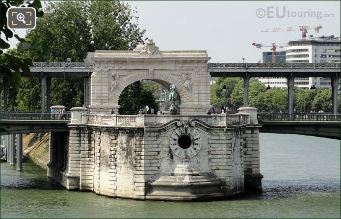 Pont de Bir-Hakeim Central Section