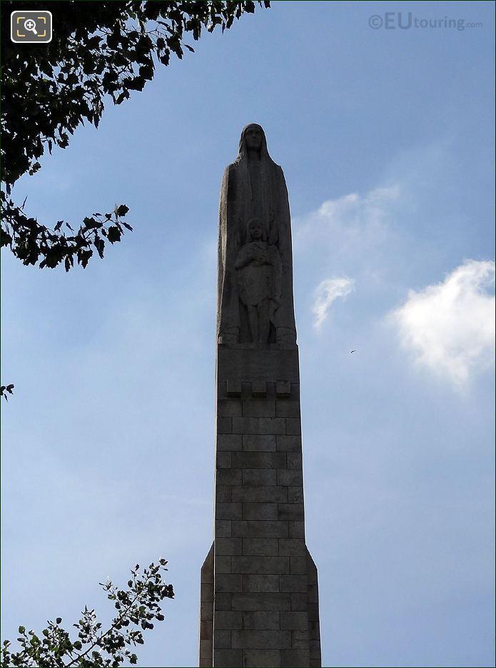 Saint Genevieve Statue Pont De La Tournelle