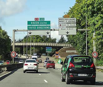 N28 road sign in France
