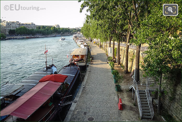 Houseboats Port De Suffren Paris