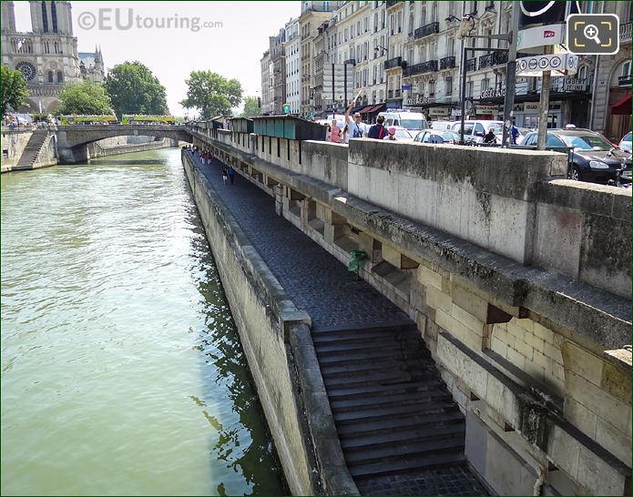 River Seine, Quai De Montebello, Pont Au Double