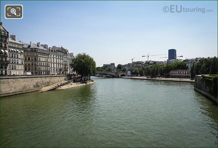 River Seine And Quai d'Orleans