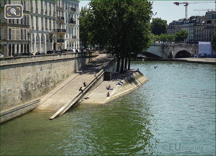 River Seine And Quai d'Orleans Slipway