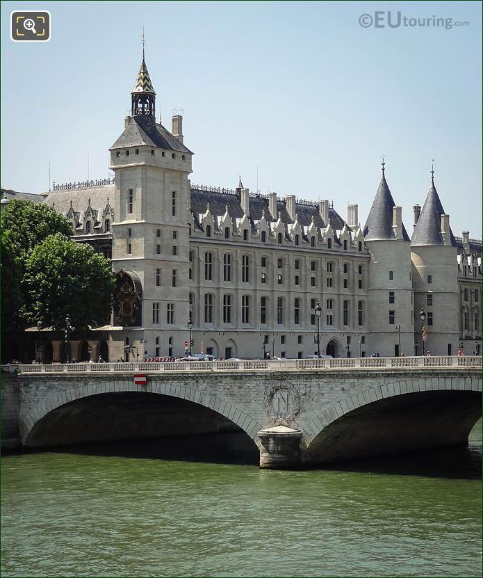 River Seine And La Conciergerie 1st Arron
